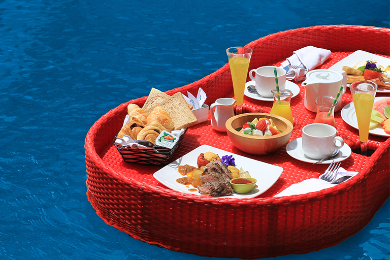 A floating breakfast in Bali